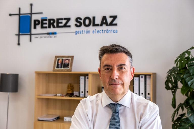 PerezSolaz_Nosotros_5